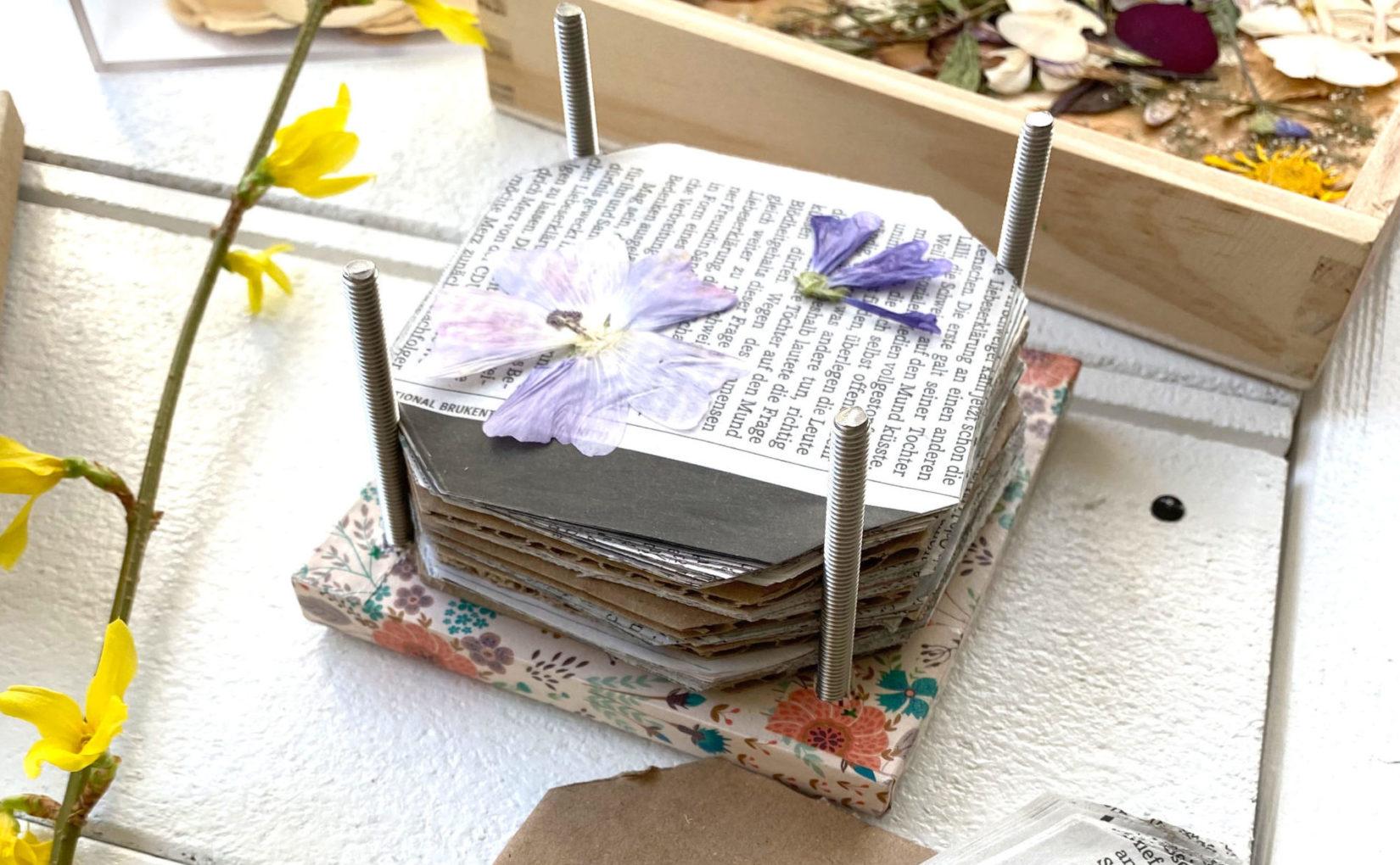 Blumen- und Blütenpresse